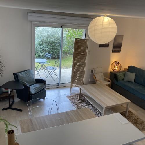 Appartement au RDC dans résidence